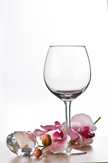 glass-447868_640