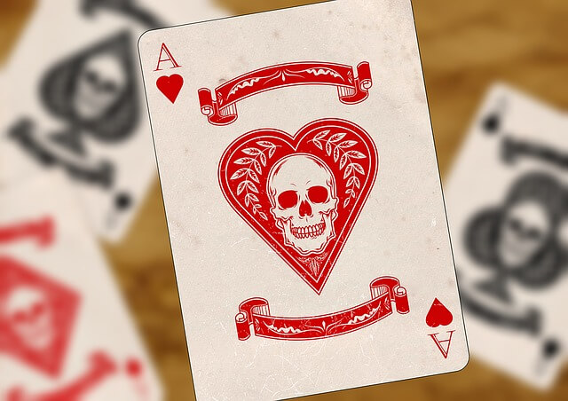 playing-cards-1068145_640