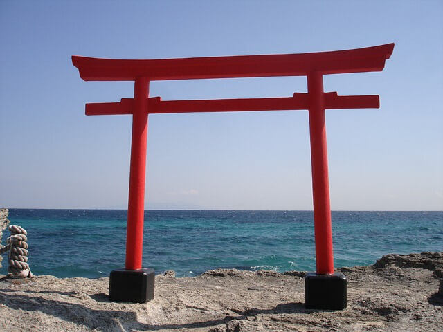 torii-gate-829021_640