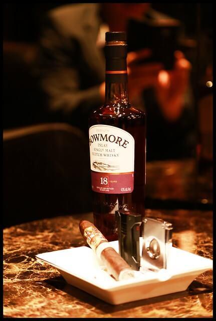 smoking-886545_640